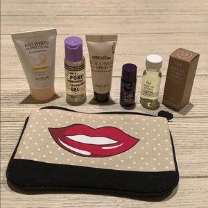 Cleanser sample bundle with makeup bag